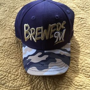 Genuine merchandise brewers hat with logo camo